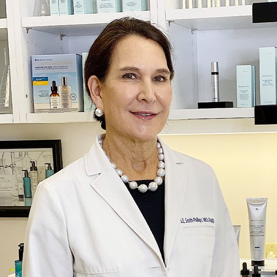 Dr. Stephanie Smith-Phillips SkinCeuticals